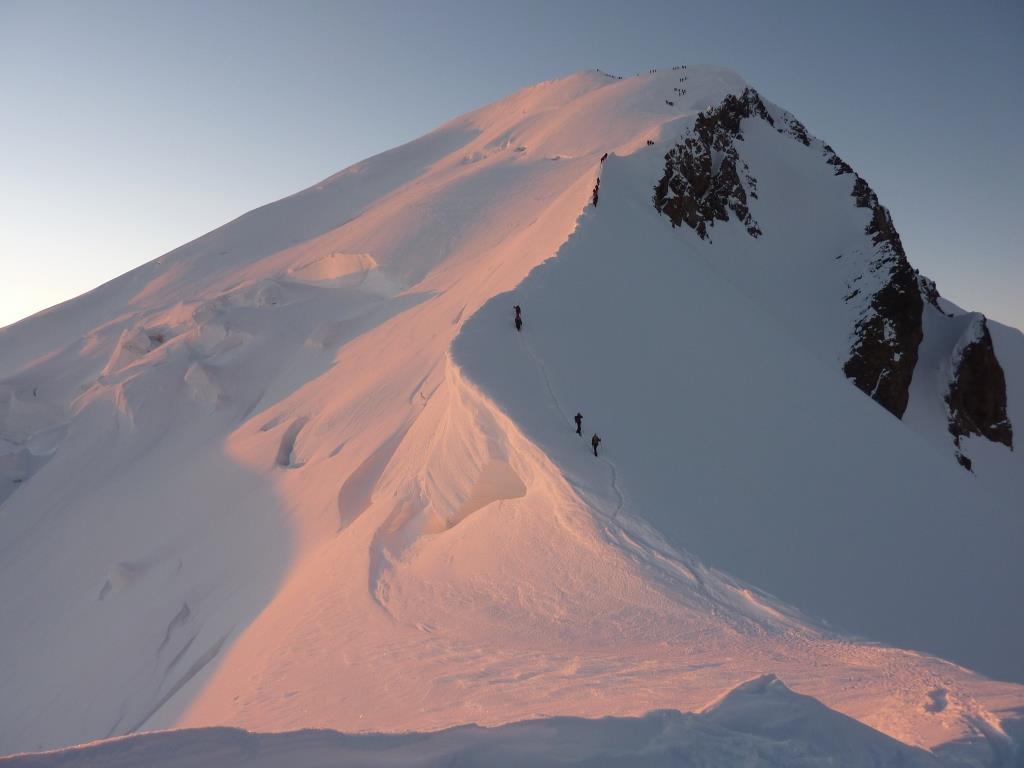 Il-Monte-Bianco-dalla-Capanna-Vallot