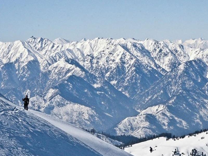 ski_gulmarg_kashmir-india-freeride-proup