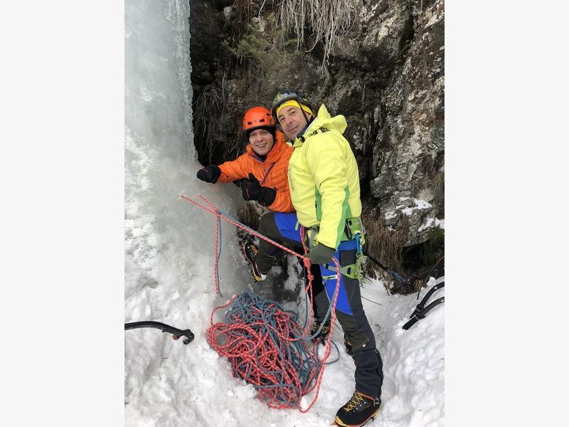 cascate di ghiaccio lillaz proup (8)