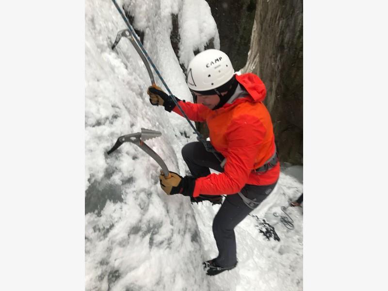 guide alpine proup cascate di ghiaccio valle orco (3)
