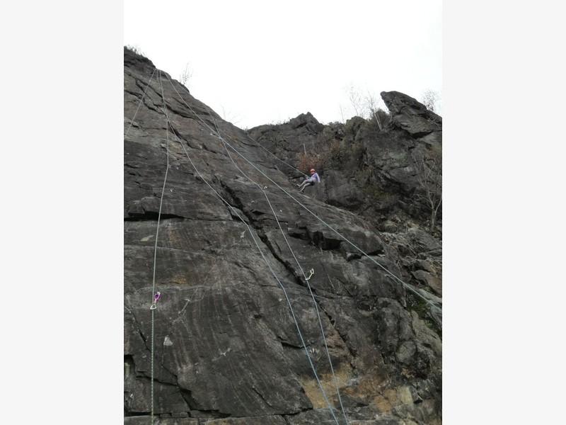 corso arrampicata avanzato guide alpine proup la panoramica falesia ossola (23)