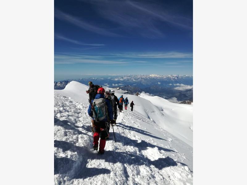 capanna margherita alpinismo alta montagna guide alpine proup (3)