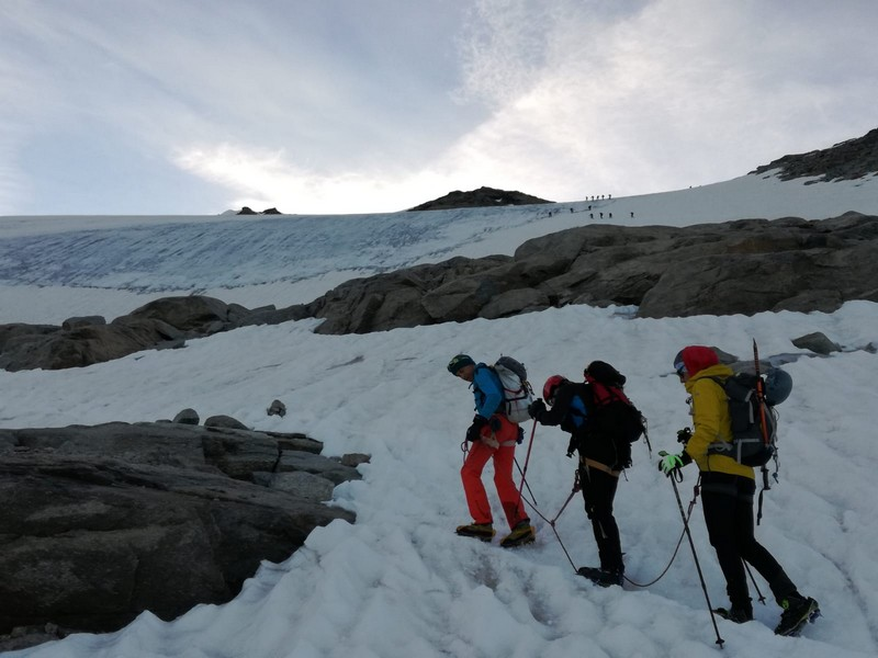 gran paradiso cai germignaga guide alpine proup alpinismo (1)