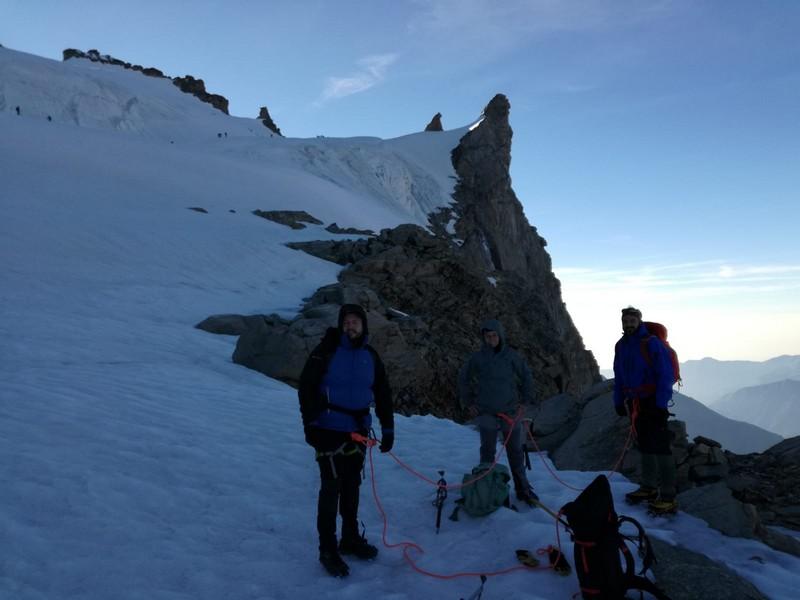 gran paradiso cai germignaga guide alpine proup alpinismo (4)