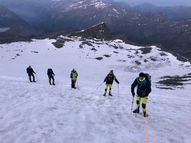 guide alpine proup punta gnifetti alpinismo alta montagna (22)