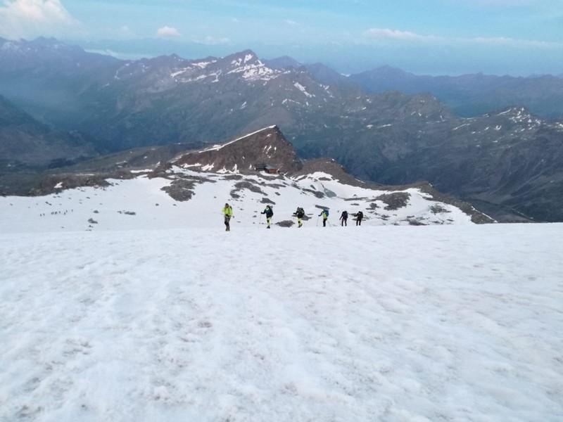 guide alpine proup punta gnifetti alpinismo alta montagna (40)
