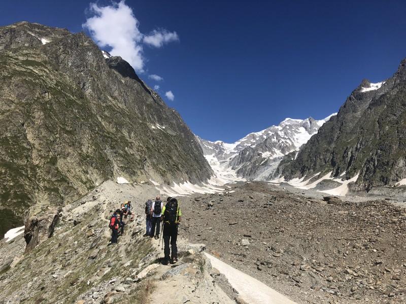 monte bianco dal rifugio gonella via normale italiana alpinismo guide alpine proup (55)