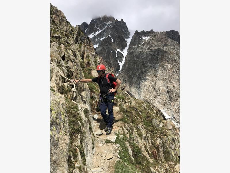 monte bianco dal rifugio gonella via normale italiana alpinismo guide alpine proup (69)