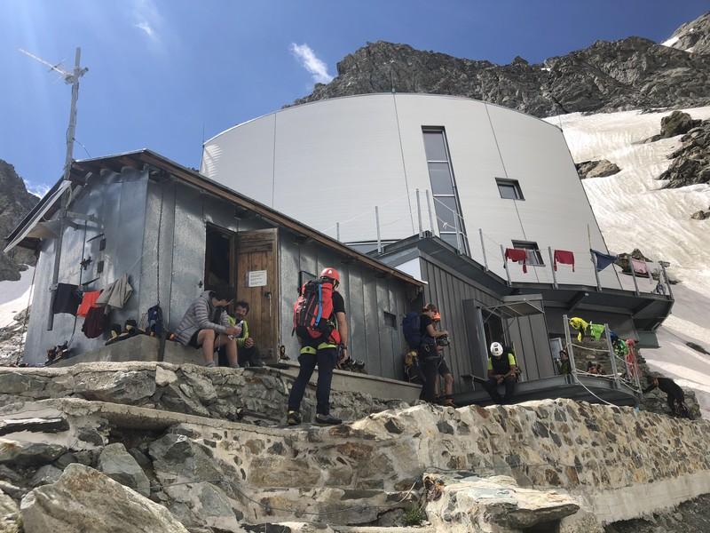 monte bianco dal rifugio gonella via normale italiana alpinismo guide alpine proup (73)