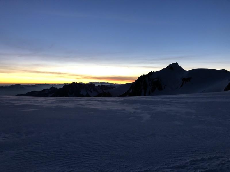 monte bianco dal rifugio gonella via normale italiana alpinismo guide alpine proup (86)