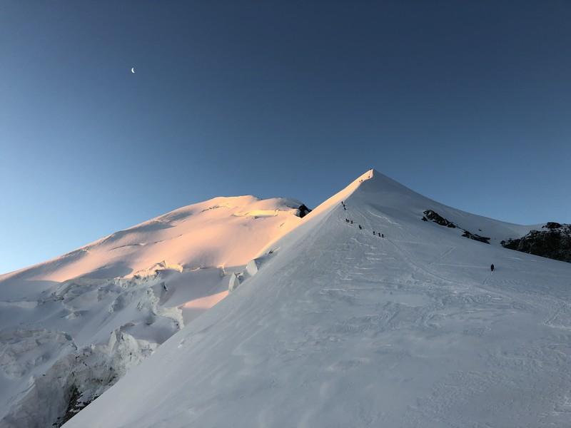 monte bianco dal rifugio gonella via normale italiana alpinismo guide alpine proup (87)