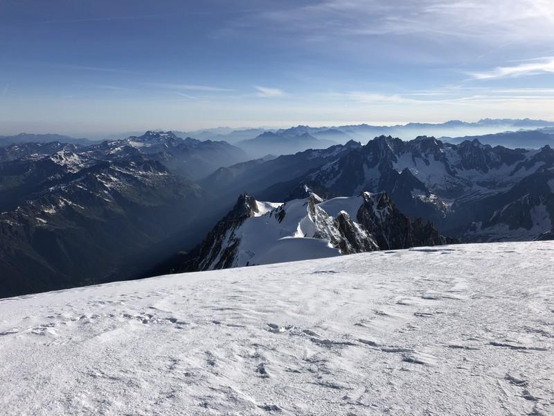 monte bianco dal rifugio gonella via normale italiana alpinismo guide alpine proup (90)