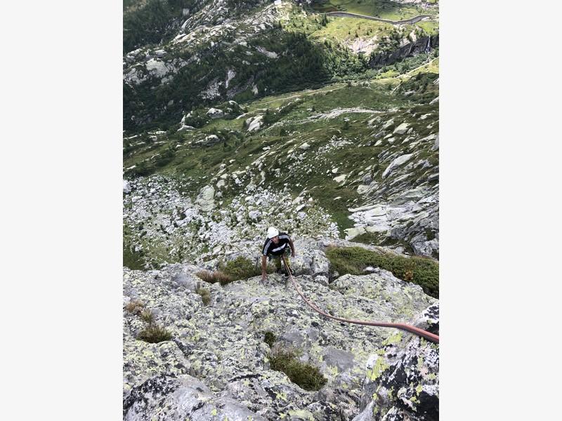 pizzo marta val vannino arrampicata guide alpine proup scalare trad (18)