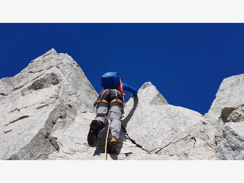 traversata aiguille marbrees guide alpine proup alpinismo arrampicata (3)