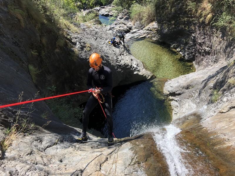 canyoning rio del ponte premosello guide alpine proup (14)