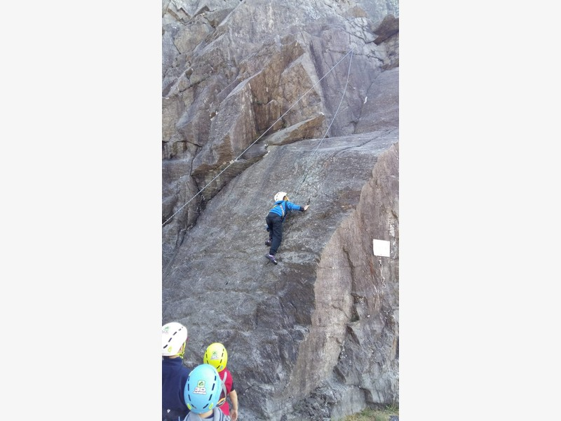 arrampicata maccagno bambini guide alpine proup (9)
