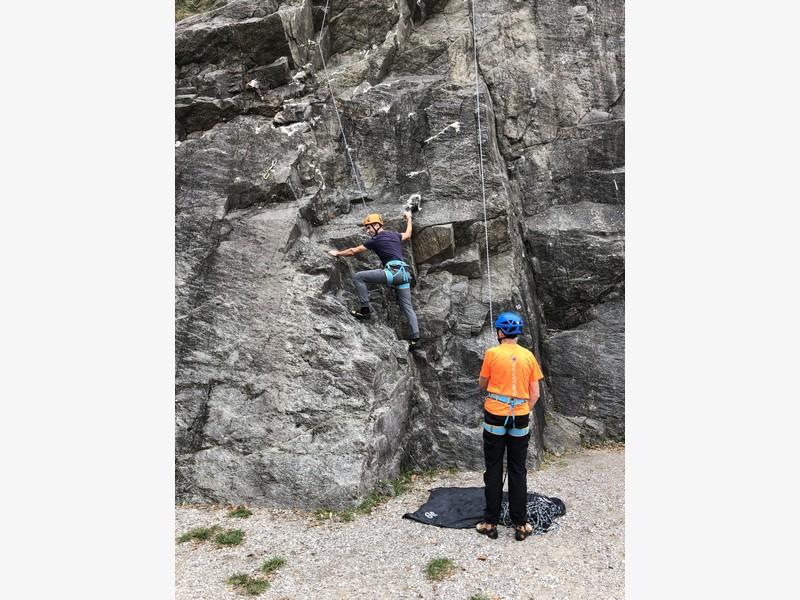 corso arrampicata base maccagno guide proup (10)