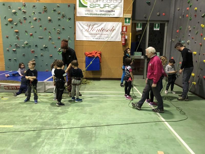 arrampicata bambini palestra guide alpine proup (11)
