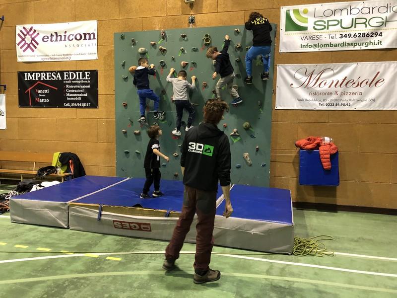arrampicata bambini palestra guide alpine proup (12)