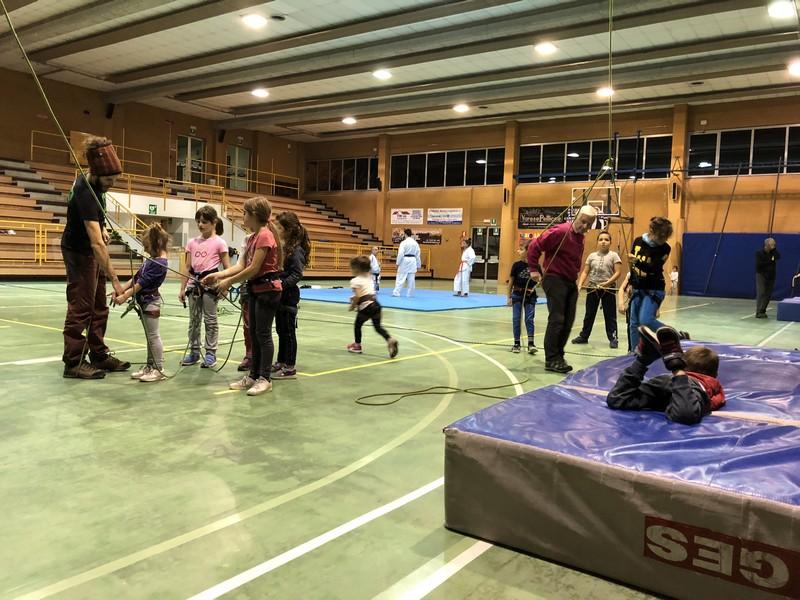 arrampicata bambini palestra guide alpine proup (17)