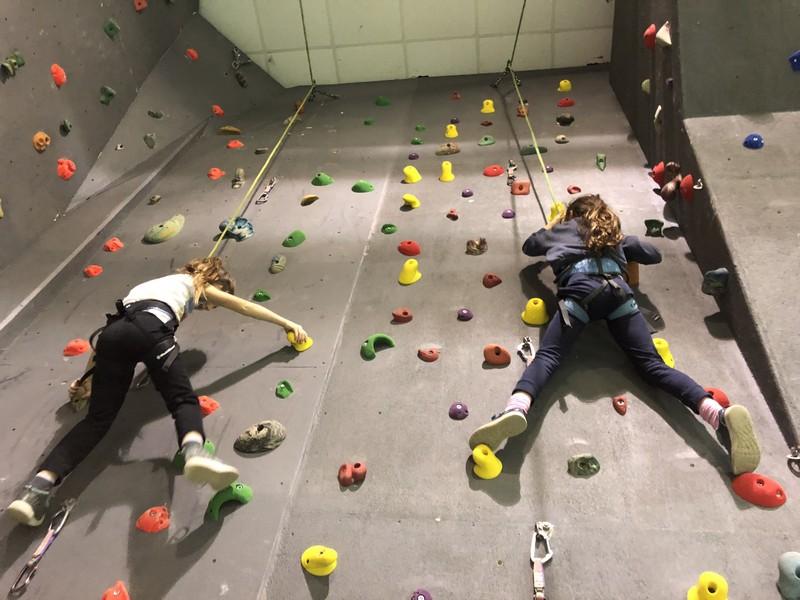 arrampicata bambini palestra guide alpine proup (21)