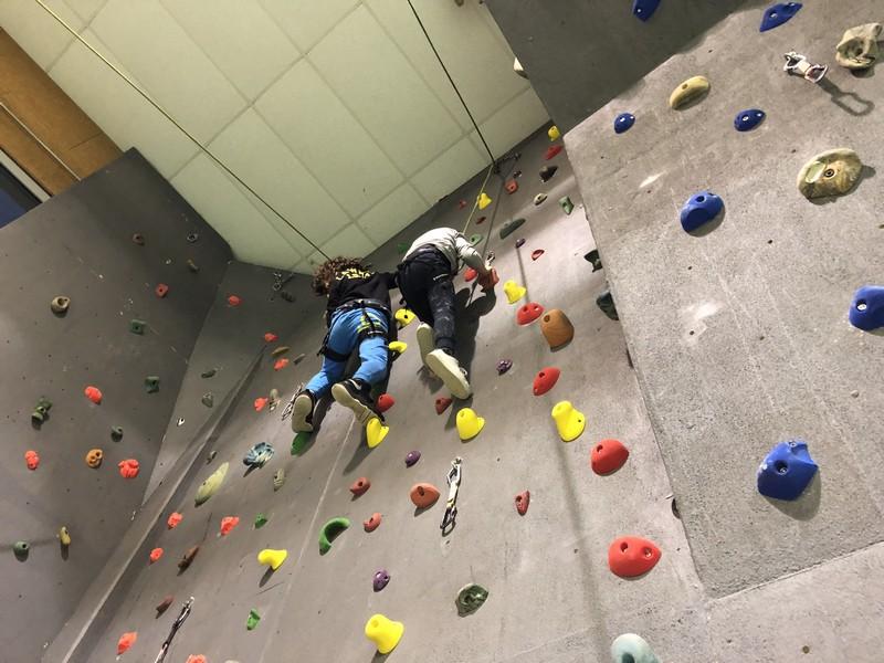 arrampicata bambini palestra guide alpine proup (25)