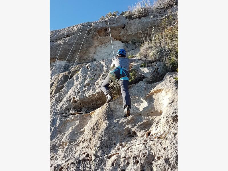 finale ligure arrampicata guide alpine proup 100 corde falesia 3 porcellini (11)