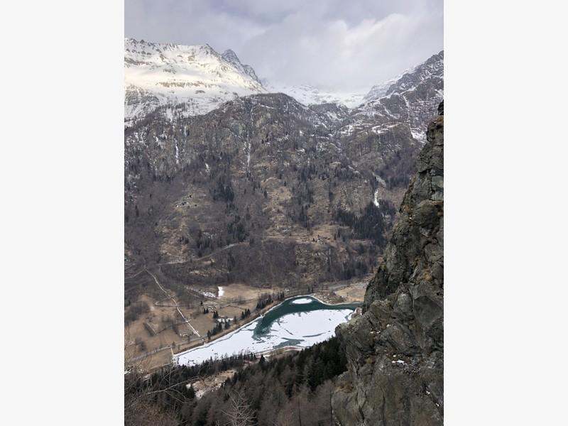 cascata di ghiaccio sorgente del falco guide alpine proup (10)