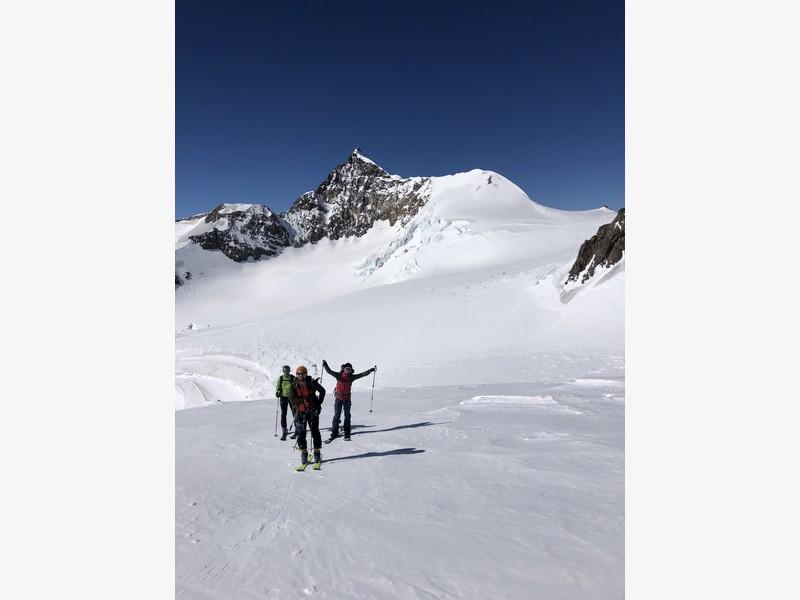 piramide vincent scialpinismo monte rosa guide alpine proup (9)